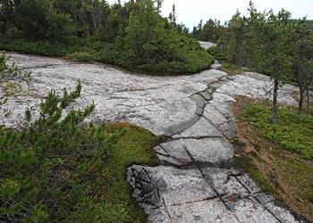 Tremblement de terre en 1663 - parois du fjord du saguenay