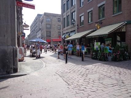 Villes canadiennes, rue St-Jean-Baptiste