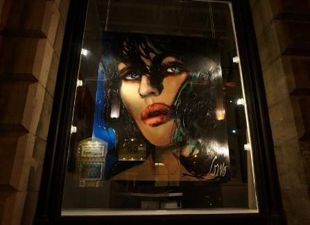 Une vitrine, rue St-Paul à Montréal
