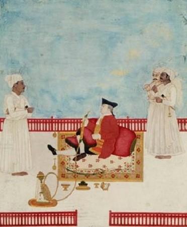 Un colon anglais fume un narguillé ; il prend ses aises savoure la mollesse de coussin orientaux ; trois serveurs l'entourent. L'autre a sans doute pris pour modèle l'Écossais William Fullerton, chirurgien de la Compagnie des Indes. Image libre de droits.